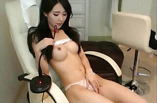Beautiful girl show boobs and perfect body