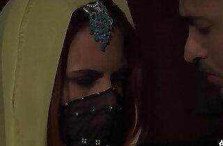 Syrian porn star fucking a hot girl