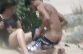 pakistani couple from karachi fucking hard at hawks bay beach