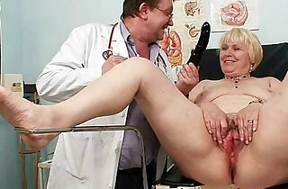 Chubby blond mom hairy wet pussy doctor exam