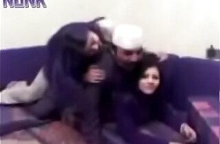 Drunk Arab Dad Lost His Manners