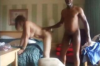 Cuckolding Wife Finally Enjoys a Big Black mamba Cock