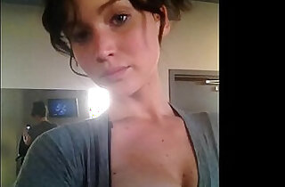 Jennifer Lawrence NUDE Photos UNSEEN