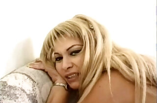 Mexican porno Una Puta de Mucho Fiar brought to you by JuliusAssange