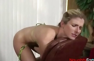 Pervert Son forces Anal play with Mom FREE sex cam Videos