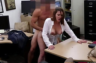 Reality cash with a busty japanese babe